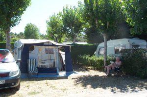 Emplacements - caravane ombre la Buzelière